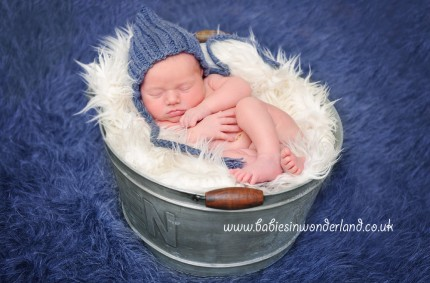 Newborn Photography Newcastle under Lyme and Stoke on Trent | Newborn | Baby Lennon