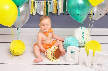 Cake smash session| Newcastle under Lyme| Stoke on Trent | Cake smash